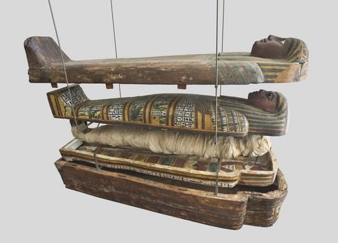 Sarcophages – Sous les étoiles de Nout (cercueils emboîtés d'Ousirmes)